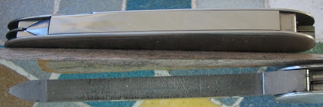 Wide Long-Nailfile on 84mm Stainless Steel knife