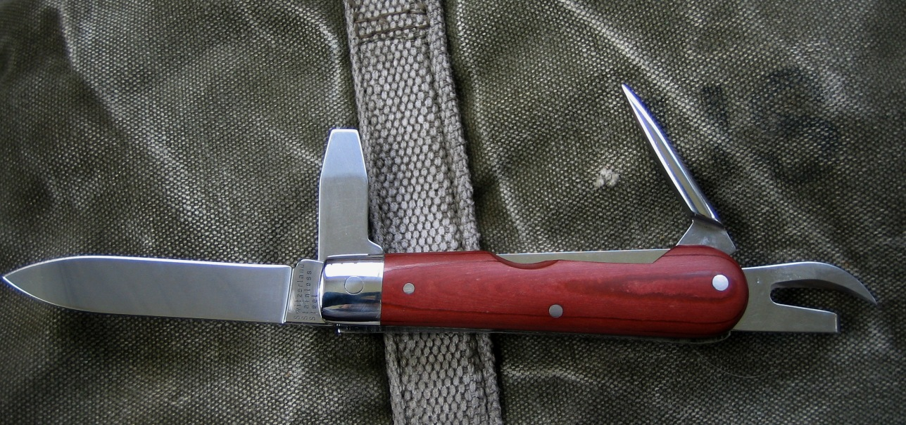 The Wenger 1893 Heritage Knife posing, and looking sharp.